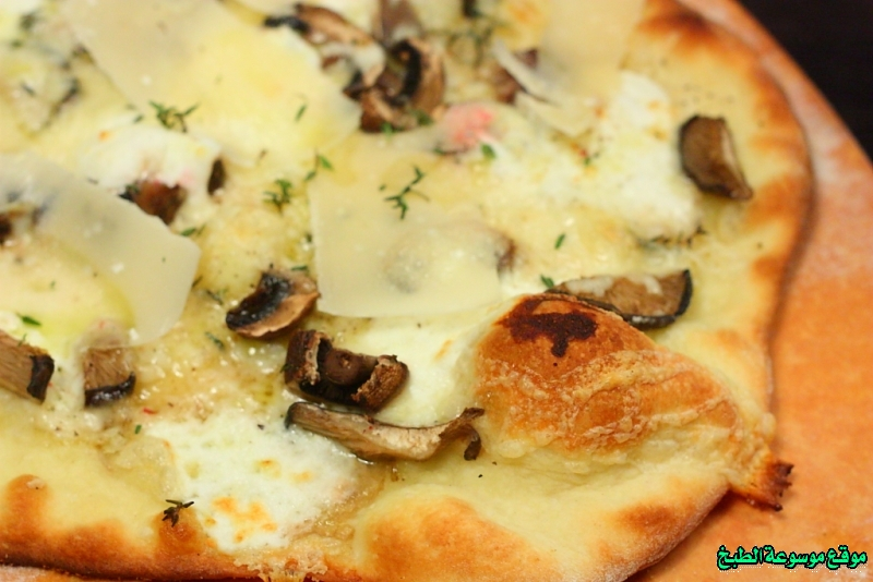 http://photos.encyclopediacooking.com/image/recipes_pictures%D8%B7%D8%B1%D9%8A%D9%82%D8%A9-%D8%B9%D8%AC%D9%8A%D9%86%D8%A9-%D8%A8%D9%8A%D8%AA%D8%B2%D8%A7-%D9%86%D8%A7%D8%A8%D9%88%D9%84%D9%8A-pizza-napoletana-%D8%A3%D9%88-%D8%A8%D9%8A%D8%AA%D8%B2%D8%A7-%D9%86%D8%A7%D8%A8%D9%88%D9%84%D9%8A%D8%AA%D8%A7%D9%86%D8%A78.jpg