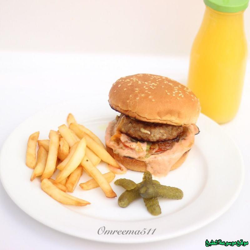 http://photos.encyclopediacooking.com/image/recipes_pictures-burger-sandwich-recipes-images-%D8%B7%D8%B1%D9%8A%D9%82%D9%87-%D8%B9%D9%85%D9%84-%D8%B3%D8%A7%D9%86%D8%AF%D9%88%D8%AA%D8%B4-%D8%A8%D8%B1%D8%AC%D8%B1-%D9%84%D8%AD%D9%85-%D9%85%D9%81%D8%B1%D9%88%D9%85-%D9%85%D8%AD%D8%B4%D9%8A-%D8%A8%D8%A7%D9%84%D8%AC%D8%A8%D9%86-%D8%A8%D8%A7%D9%84%D8%A8%D9%8A%D8%AA-%D8%A8%D8%A7%D9%84%D8%B5%D9%88%D8%B1.jpg