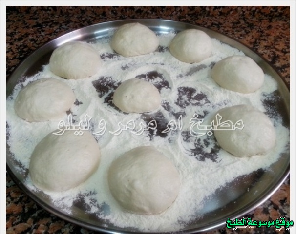 http://photos.encyclopediacooking.com/image/recipes_pictures-easy-iraqi-food-kitchen-recipes-%D8%B7%D8%B1%D9%8A%D9%82%D8%A9-%D8%B9%D9%85%D9%84-%D8%A7%D9%84%D8%AE%D8%A8%D8%B2-%D8%A7%D9%84%D8%B9%D8%B1%D8%A7%D9%82%D9%8A-%D8%A8%D8%A7%D9%84%D8%AA%D9%86%D9%88%D8%B1-%D8%A7%D9%84%D9%83%D9%87%D8%B1%D8%A8%D8%A7%D8%A6%D9%8A-%D9%85%D9%86-%D8%A7%D9%84%D9%85%D8%B7%D8%A8%D8%AE-%D8%A7%D9%84%D8%B9%D8%B1%D8%A7%D9%82%D9%8A-%D8%A8%D8%A7%D9%84%D8%B5%D9%88%D8%B18.jpg