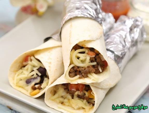 -falafel pita bread sandwich recipe-طريقة عمل ساندوتش بوريتو اللحم المكسيكي بالصور خطوة بخطوة