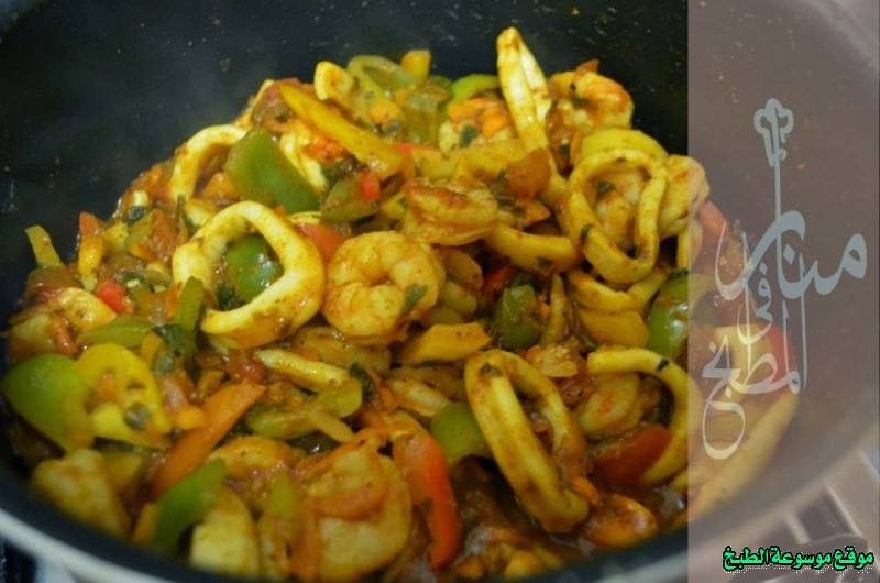 http://photos.encyclopediacooking.com/image/recipes_pictures-how-to-cook-calamari-fish-in-arabic-recipe-%D8%B7%D8%A7%D8%AC%D9%86-%D8%A7%D9%84%D9%83%D8%A7%D9%84%D9%8A%D9%85%D8%A7%D8%B1%D9%89-%D9%88%D8%A7%D9%84%D8%AC%D9%85%D8%A8%D8%B1%D9%8912.jpg