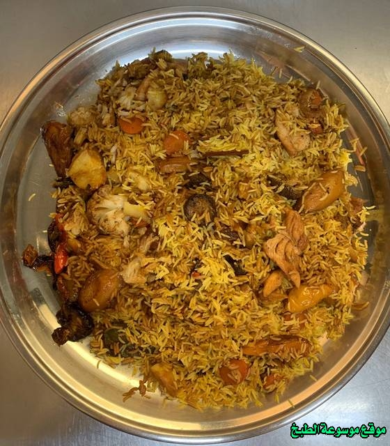 http://photos.encyclopediacooking.com/image/recipes_pictures-how-to-make-chicken-kabsa-in-arabic-recipes-%D8%B7%D8%B1%D9%8A%D9%82%D8%A9-%D8%B9%D9%85%D9%84-%D9%83%D8%A8%D8%B3%D8%A9-%D8%A7%D9%84%D8%AE%D8%B6%D8%A7%D8%B1-%D9%88%D8%A7%D9%84%D8%AF%D8%AC%D8%A7%D8%AC-%D8%A8%D8%A7%D9%84%D8%B5%D9%88%D8%B1.jpg
