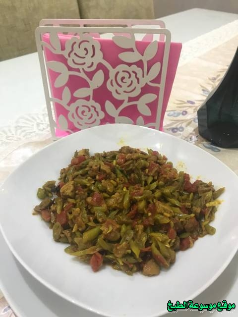 http://photos.encyclopediacooking.com/image/recipes_pictures-how-to-make-cook-green-beans-with-meat-in-arabic-recipes-%D8%A7%D9%84%D9%81%D8%A7%D8%B5%D9%88%D9%84%D9%8A%D8%A7-%D8%A7%D9%84%D8%AE%D8%B6%D8%B1%D8%A7%D8%A1-%D8%A8%D8%A7%D9%84%D9%84%D8%AD%D9%85%D8%A9-%D8%A8%D8%A7%D9%84%D8%B5%D9%88%D8%B19.jpg