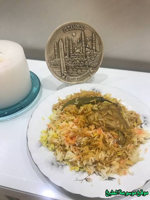 http://photos.encyclopediacooking.com/image/recipes_pictures-how-to-make-cook-rice-in-arabic-recipes-%D8%A7%D9%84%D8%B1%D8%B2-%D8%A7%D9%84%D9%83%D8%A7%D8%A8%D9%84%D9%8A-%D8%A8%D8%A7%D9%84%D8%B5%D9%88%D8%B1.jpg
