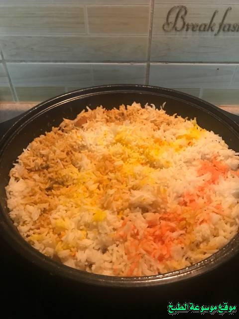 http://photos.encyclopediacooking.com/image/recipes_pictures-how-to-make-cook-rice-in-arabic-recipes-%D8%A7%D9%84%D8%B1%D8%B2-%D8%A7%D9%84%D9%83%D8%A7%D8%A8%D9%84%D9%8A-%D8%A8%D8%A7%D9%84%D8%B5%D9%88%D8%B14.jpg