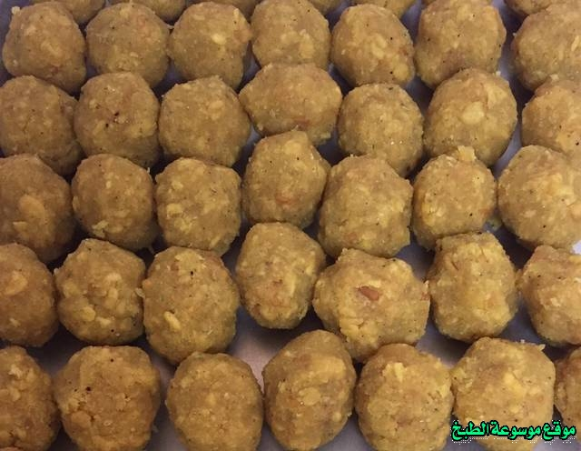 http://photos.encyclopediacooking.com/image/recipes_pictures-how-to-make-laddu-in-arabic-recipes-%D8%B7%D8%B1%D9%8A%D9%82%D8%A9-%D8%B9%D9%85%D9%84-%D8%AD%D9%84%D8%A7%D9%88%D8%A9-%D8%A7%D9%84%D9%84%D8%AF%D9%88-%D8%A7%D9%84%D9%87%D9%86%D8%AF%D9%8A-%D8%A7%D9%84%D8%A7%D8%B5%D9%84%D9%8A-%D8%A7%D9%84%D8%AD%D9%84%D9%89-%D8%A7%D9%84%D9%87%D9%86%D8%AF%D9%8A-%D8%A7%D9%84%D8%A7%D8%B5%D9%81%D8%B1-%D9%84%D8%B0%D9%8A%D8%B0-%D9%88%D9%87%D8%B4-%D8%A8%D8%A7%D9%84%D8%B5%D9%88%D8%B17.jpg