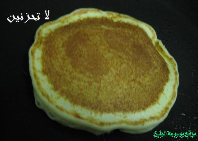 http://photos.encyclopediacooking.com/image/recipes_pictures-how-to-make-pancakes-in-arabic-recipes-%D8%B7%D8%B1%D9%8A%D9%82%D8%A9-%D8%B9%D9%85%D9%84-%D8%A8%D8%A7%D9%86-%D9%83%D9%8A%D9%83-%D9%84%D8%A7%D8%AA%D8%AD%D8%B2%D9%86%D9%8A%D9%86-%D8%A8%D8%A7%D9%84%D8%B5%D9%88%D8%B17.jpg