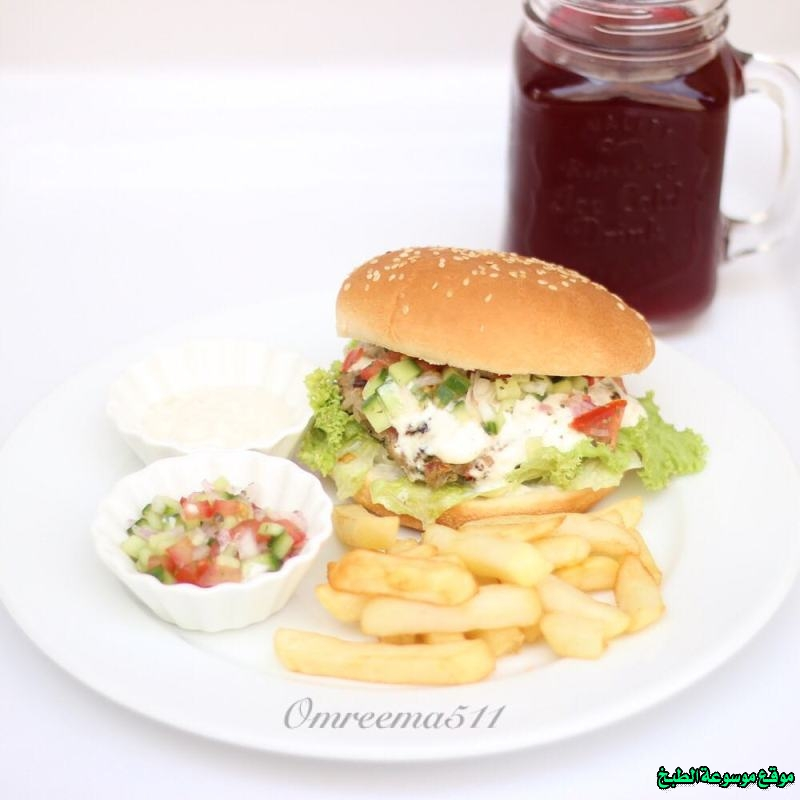http://photos.encyclopediacooking.com/image/recipes_picturesburger-sandwich-recipes-images-%D8%B7%D8%B1%D9%8A%D9%82%D9%87-%D8%B9%D9%85%D9%84-%D8%B3%D8%A7%D9%86%D8%AF%D9%88%D8%AA%D8%B4-%D8%A8%D8%B1%D8%AC%D8%B1-%D8%A7%D9%84%D9%83%D9%81%D8%AA%D9%87-%D8%A8%D8%A7%D9%84%D8%A8%D9%8A%D8%AA-%D8%A8%D8%A7%D9%84%D8%B5%D9%88%D8%B1.jpg