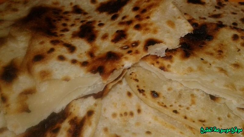 http://photos.encyclopediacooking.com/image/recipes_picturesthe-yemeni-bread-%D8%A7%D9%84%D8%AE%D8%A8%D8%B2-%D8%A7%D9%84%D9%8A%D9%85%D9%86%D9%8A-%D8%A8%D8%A7%D9%84%D8%B3%D9%85%D9%86-%D9%88%D8%A7%D9%84%D8%B7%D8%A7%D9%88%D8%A9-%D9%85%D9%86-%D8%A7%D9%84%D9%85%D8%B7%D8%A8%D8%AE-%D8%A7%D9%84%D9%8A%D9%85%D9%86%D9%8A11.jpg