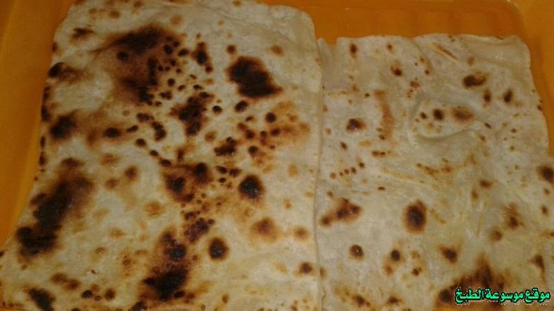 http://photos.encyclopediacooking.com/image/recipes_picturesthe-yemeni-bread-%D8%A7%D9%84%D8%AE%D8%A8%D8%B2-%D8%A7%D9%84%D9%8A%D9%85%D9%86%D9%8A-%D8%A8%D8%A7%D9%84%D8%B3%D9%85%D9%86-%D9%88%D8%A7%D9%84%D8%B7%D8%A7%D9%88%D8%A9-%D9%85%D9%86-%D8%A7%D9%84%D9%85%D8%B7%D8%A8%D8%AE-%D8%A7%D9%84%D9%8A%D9%85%D9%86%D9%8A12.jpg
