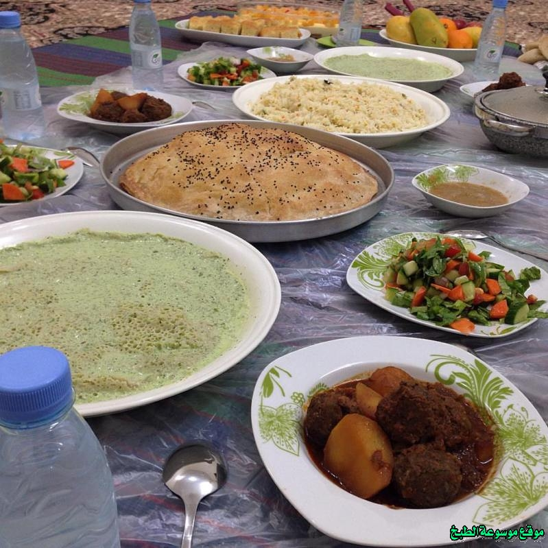 http://photos.encyclopediacooking.com/image/recipes_picturesyemeni-famous-foods-cuisine-recipes%D8%A3%D9%83%D9%84%D8%A7%D8%AA-%D9%8A%D9%85%D9%86%D9%8A%D8%A9-%D8%B9%D8%AF%D9%86%D9%8A%D9%87-%D9%88%D8%B5%D9%86%D8%B9%D8%A7%D9%86%D9%8A%D9%87-%D9%88%D8%AD%D8%B6%D8%B1%D9%85%D9%8A%D9%87-%D9%88%D9%8A%D8%A7%D9%81%D8%B9%D9%8A%D9%87-%D9%88%D8%B4%D8%B9%D8%A8%D9%8A%D8%A9-%D8%AA%D8%B1%D8%A7%D8%AB%D9%8A%D9%87-%D9%82%D8%AF%D9%8A%D9%85%D9%87-%D9%85%D8%B4%D9%87%D9%88%D8%B1%D9%87.jpg